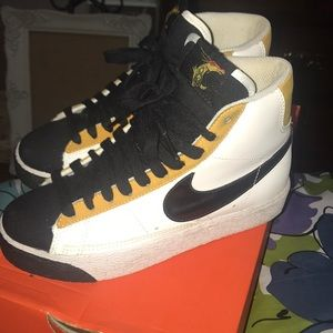 Nike Dragon Blazer 2008 - A day in the life.